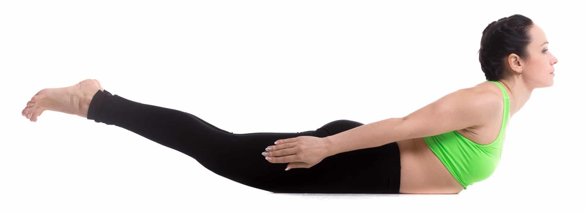 Как исправить сутулость в домашних условиях: упражнения и 66