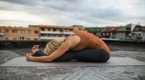 Yoga-Paschimottanasana/Seated forward bend